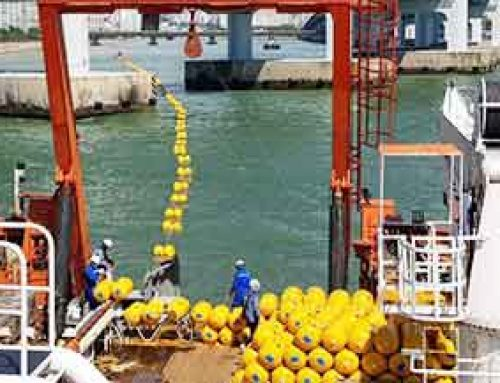 Submarine Cable Laying using Twin-Boom Floaters
